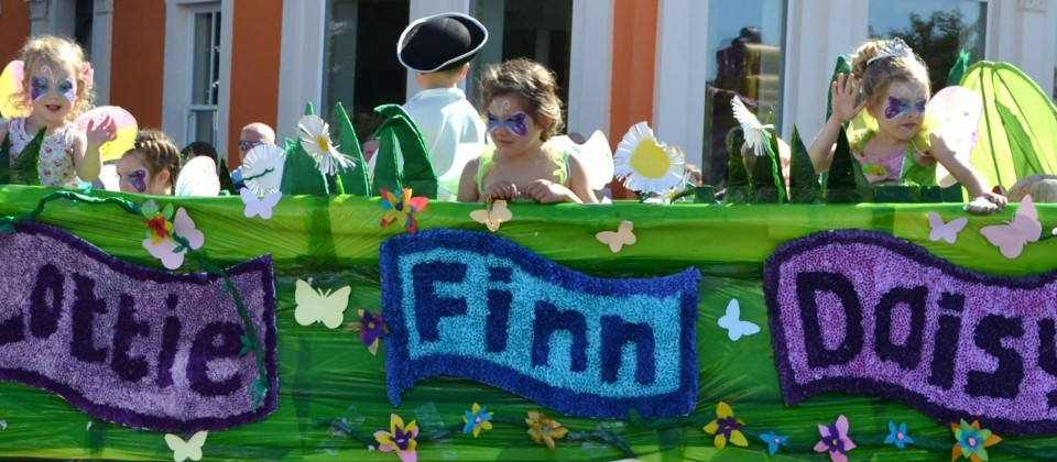 Lottie Fin and Daisy Silloth carnival 2015